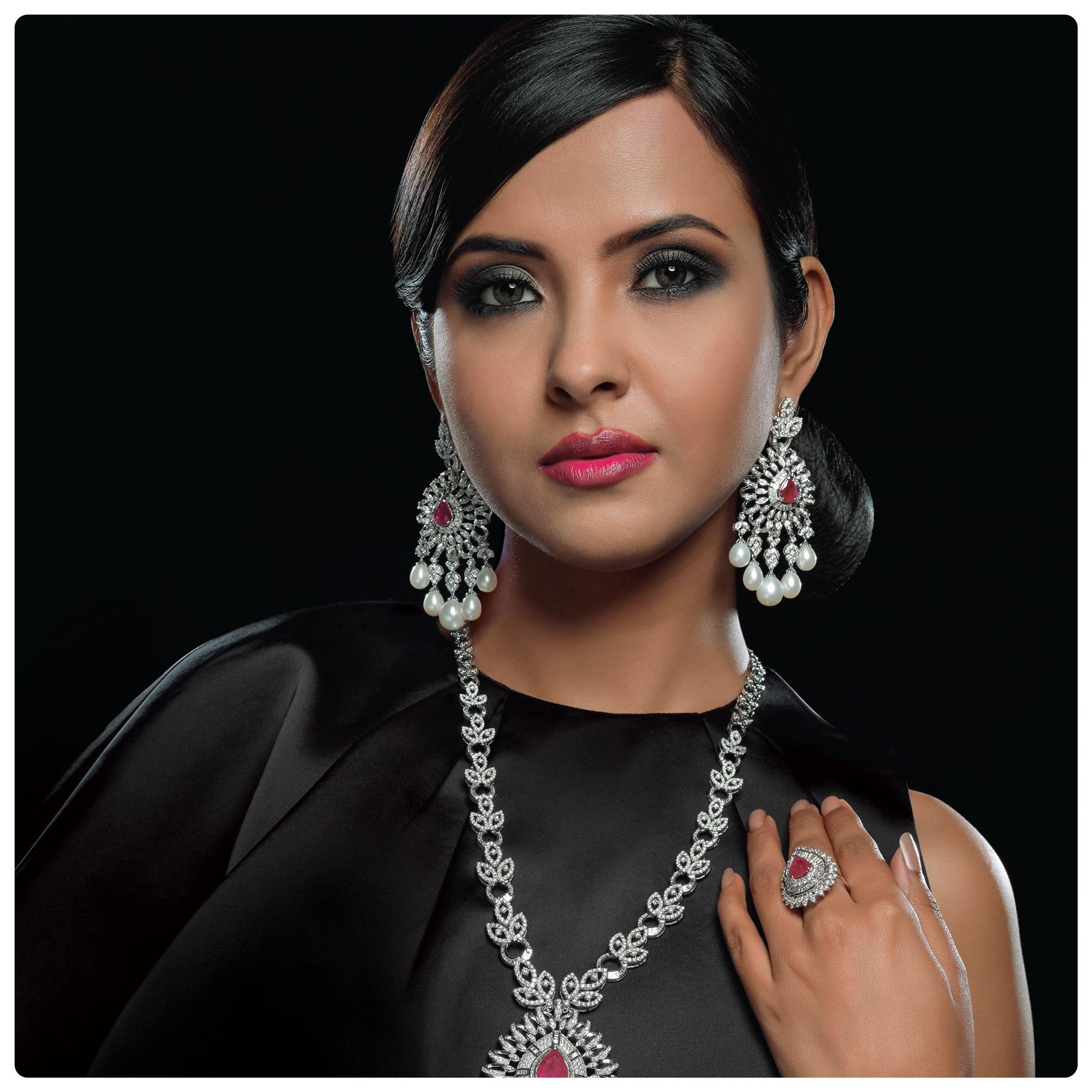 jasani, iba by jasani, jasani jewel, diamond jewellery, mumbai, diamond jewellery on model, jewellery photoshoot