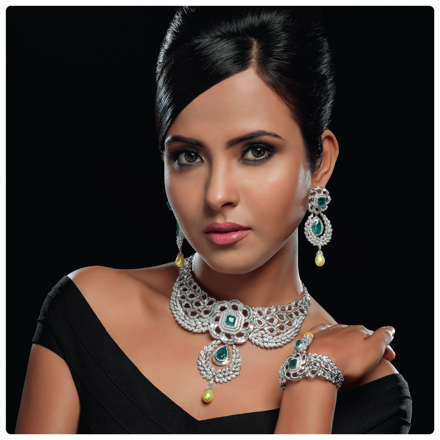 jasani, iba by jasani, jasani jewel, diamond jewellery, mumbai, diamond jewellery on model, jewellery photoshoot